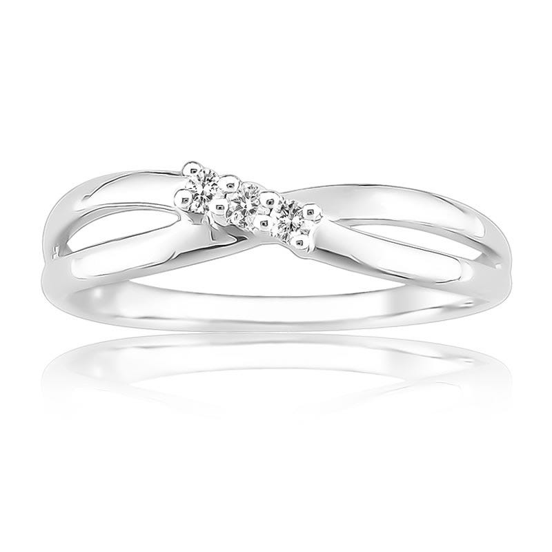 Three-Stone Diamond Fashion Ring