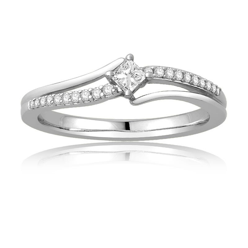 Diamond Princess Cut Promise Ring in 10k White Gold
