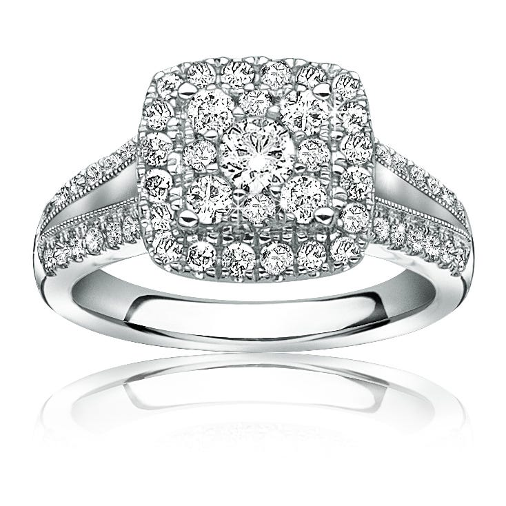 Serie Split Shank Diamond Engagement Ring