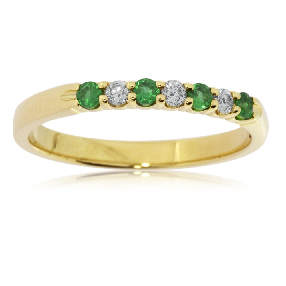 Diamond & Emerald Prong Set.15ctw. Band in 14k Yellow Gold