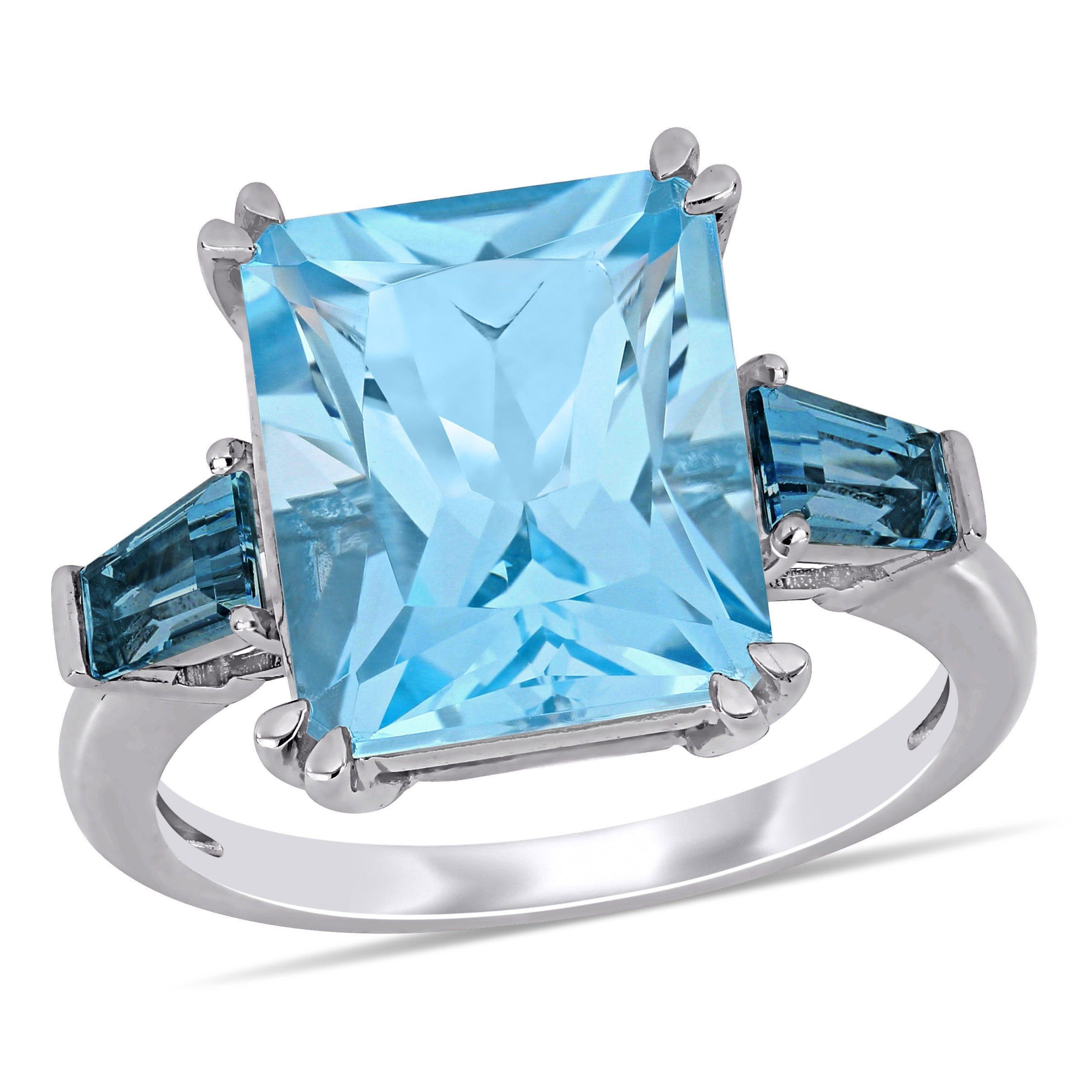 Sky Blue Topaz Ring in 14k White Gold