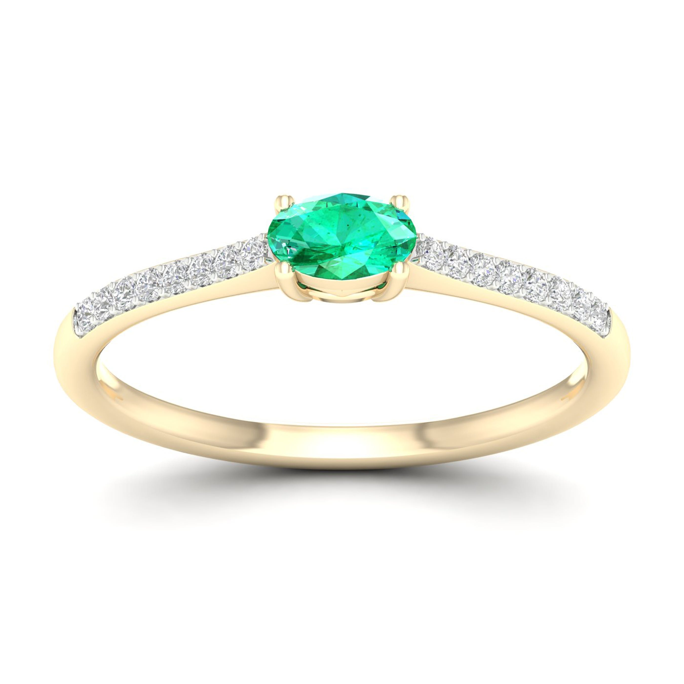 Oval Emerald Classic Ring in 10k Yellow Gold