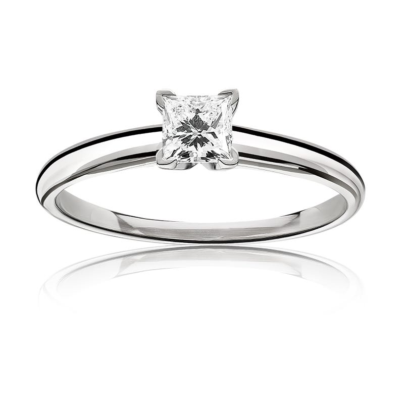 Diamond Princess-Cut 5/8ct. Classic Solitaire Engagement Ring