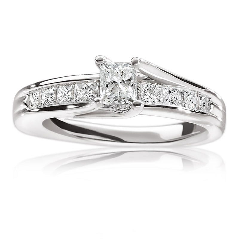 Alexandra. 14K Gold Princess-Cut Diamond Engagement Ring 1ct. T.W.