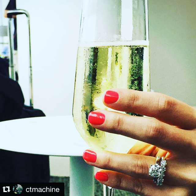 ring and champagne
