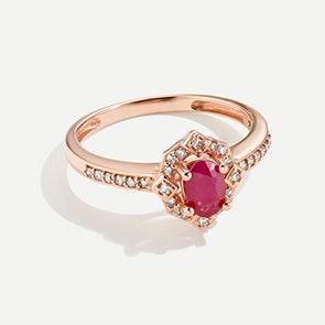 Red & Romantic Picks